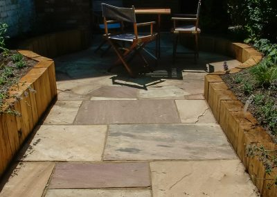 Indian sandstone with sleeper edging
